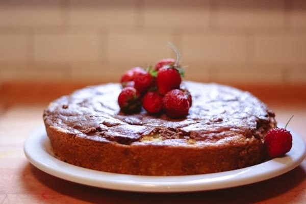 Father's Day French yogurt cake - a mostly independent baking project | montessori works blog