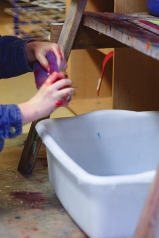 meaningful sensory experiences in the montessori classroom & connections to home - montessori works